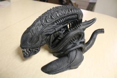 Aliens Alien Warrior Vinyl Bust Bank